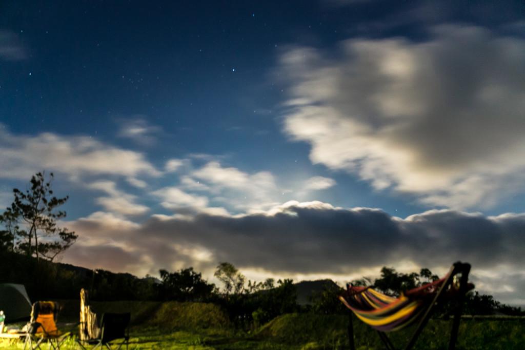 開放的な自然で過ごす奄美の夜(KOYA)