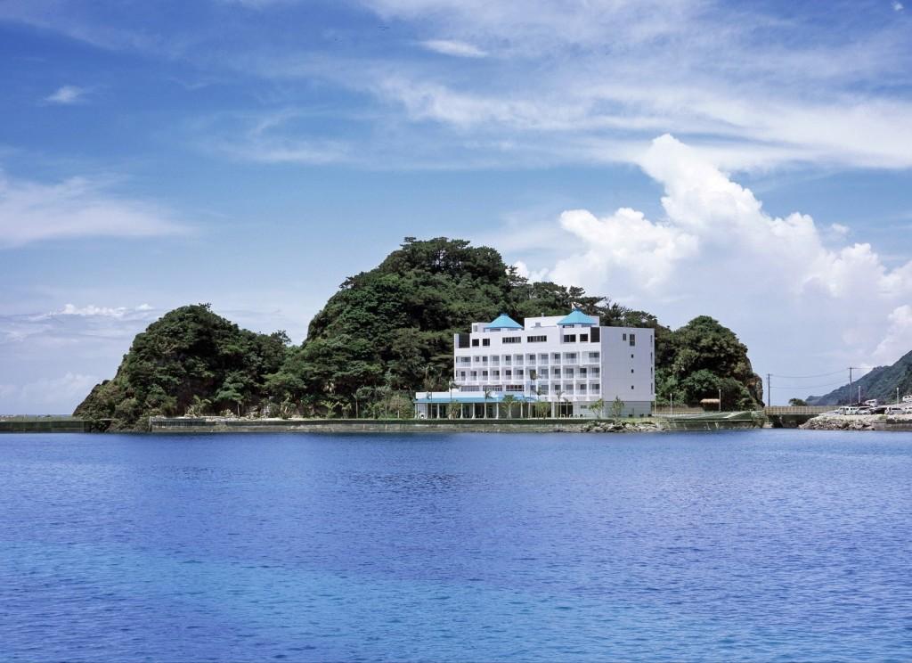 スパリゾート奄美山羊島ホテル外観