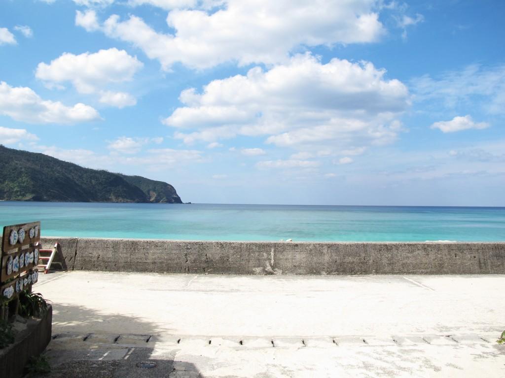 奄美民宿さんごビーチはビーチまで徒歩30秒