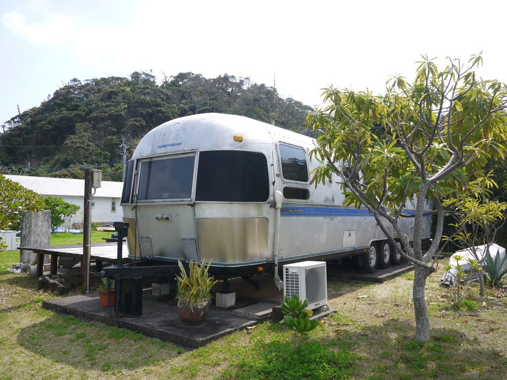 加計呂麻BARE FOOT BASE CAMP、宿泊ができるエアストリーム