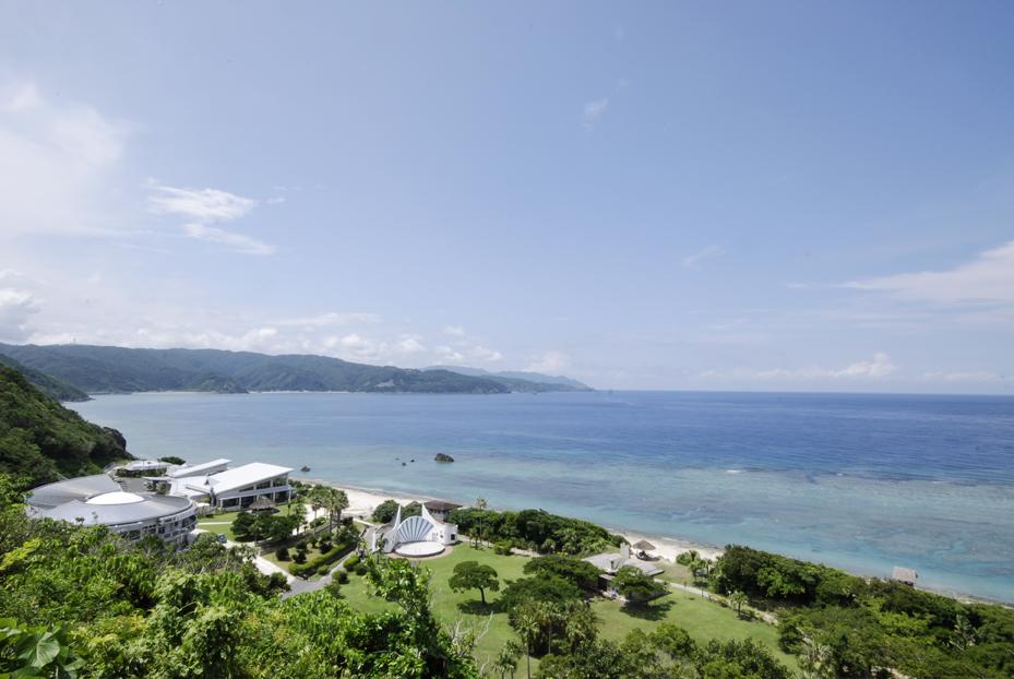 タラソ奄美の竜宮と大浜海浜公園