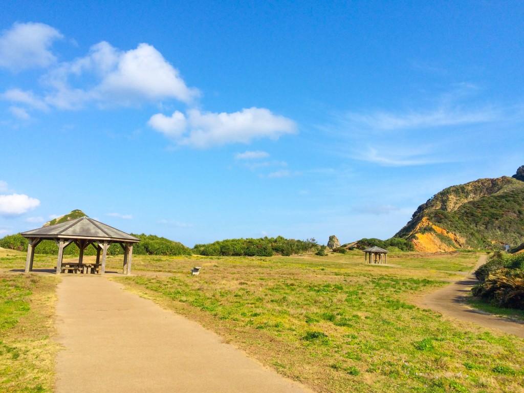 瀬戸内町古仁屋、ホノホシ海岸の広場