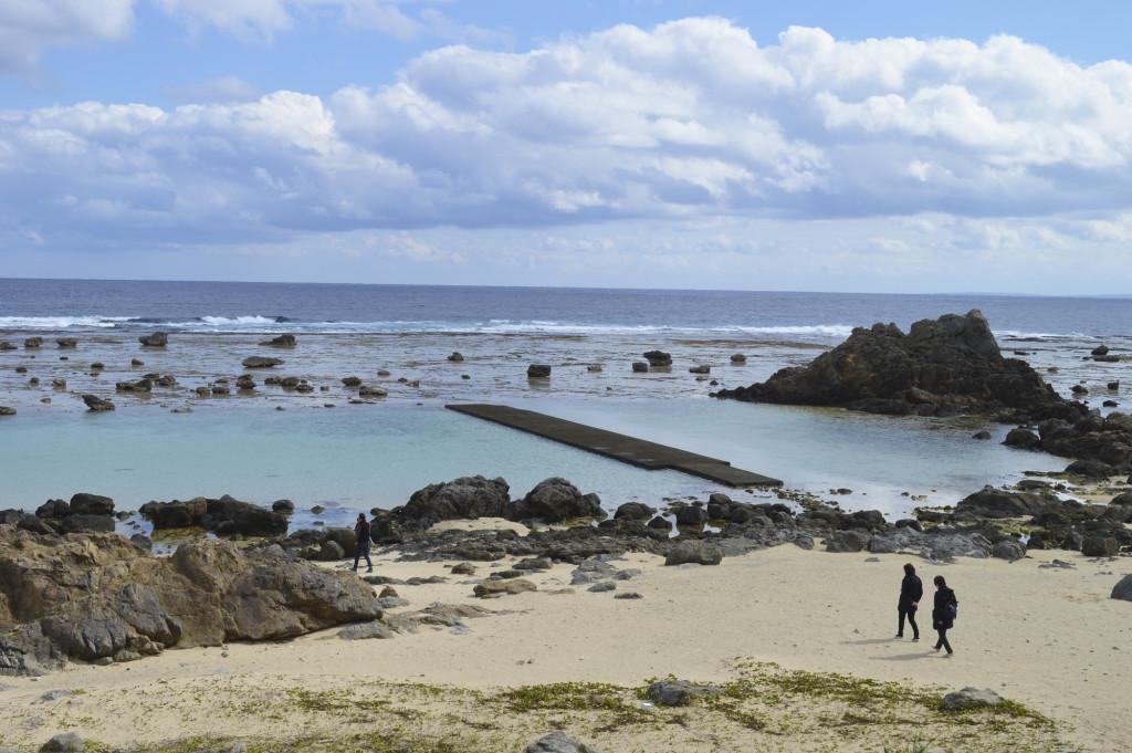 あやまる岬観光公園の海中プール