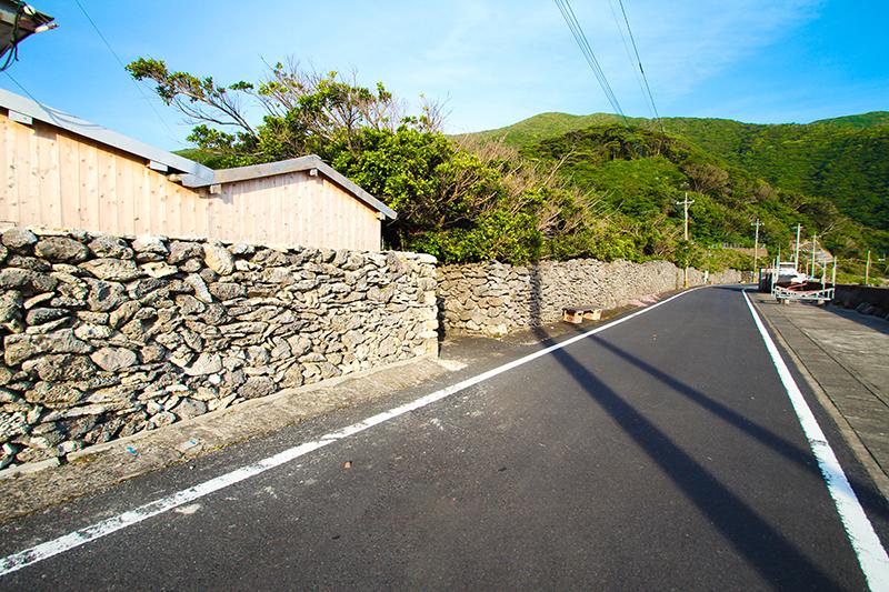 古仁屋西古見のサンゴの石垣