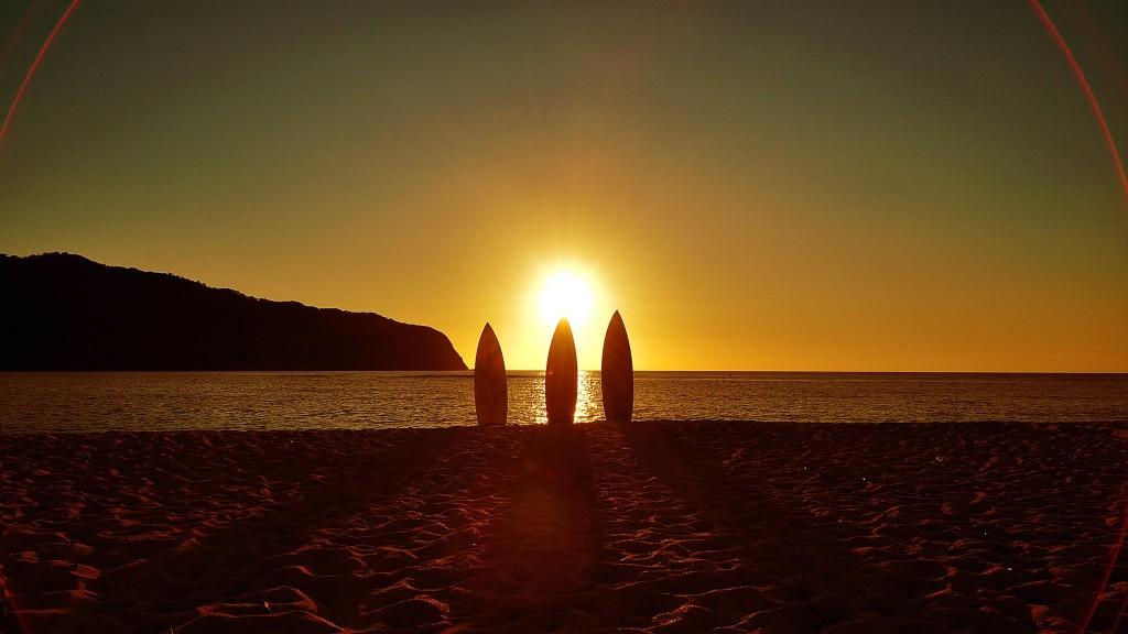 国直海岸の夕日をパドルボード