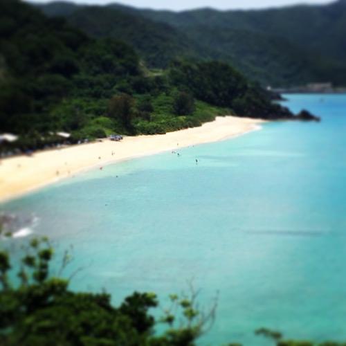 奄美国直海岸は白い砂浜が美しい