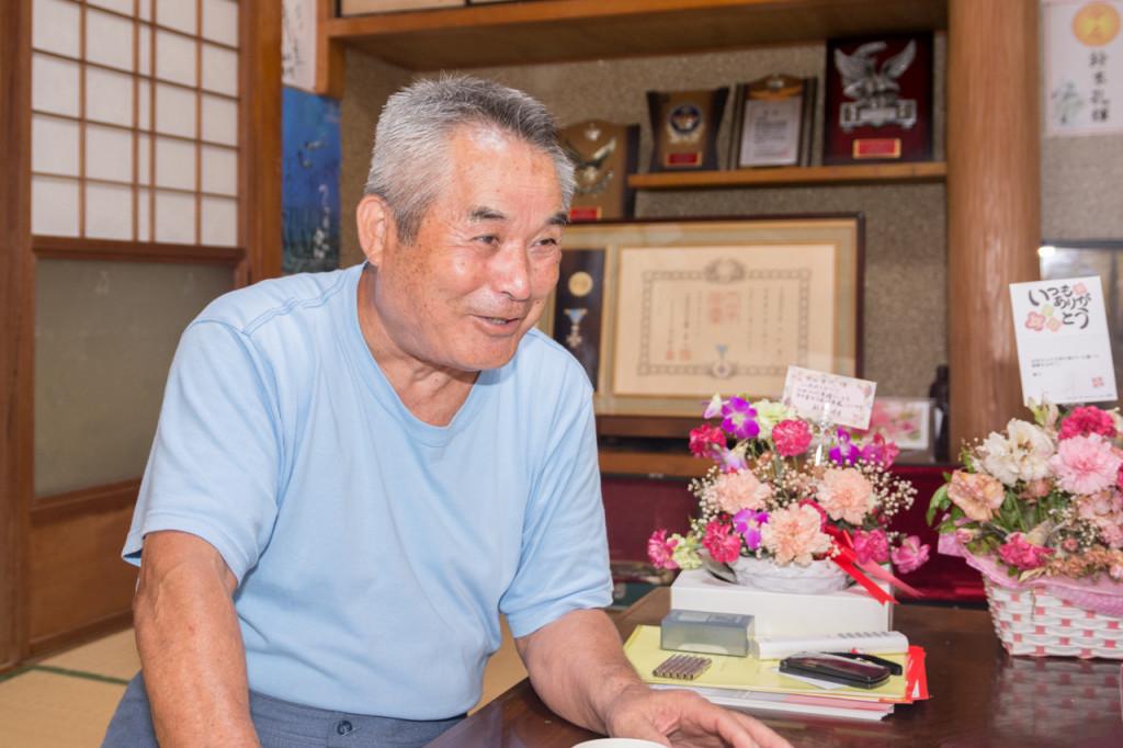 「佐仁八月踊り保存会」会長の前田和郎さん