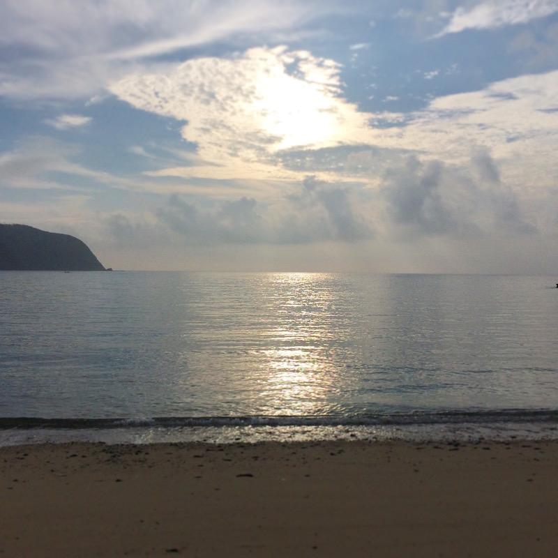 国直海岸の砂浜と海