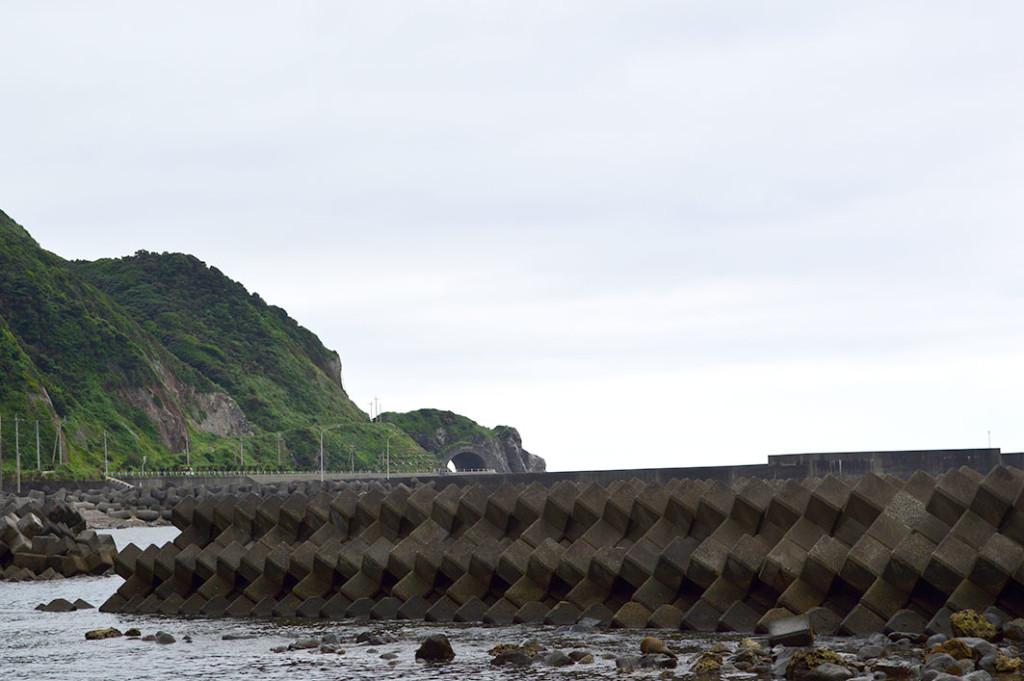 龍郷町円集落、かがんばなトンネル