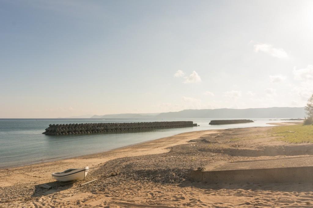 奄美晴れるベーカリー近くの海