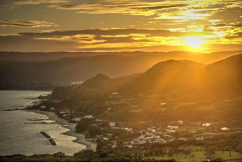 奄美、明神崎展望台からの夕日