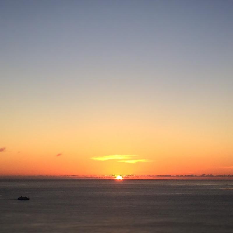 嶺山公園の展望台から見た夕陽 2016年7月4日