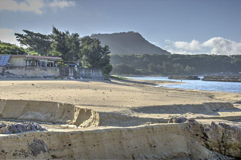 奄美の用安海岸の砂浜