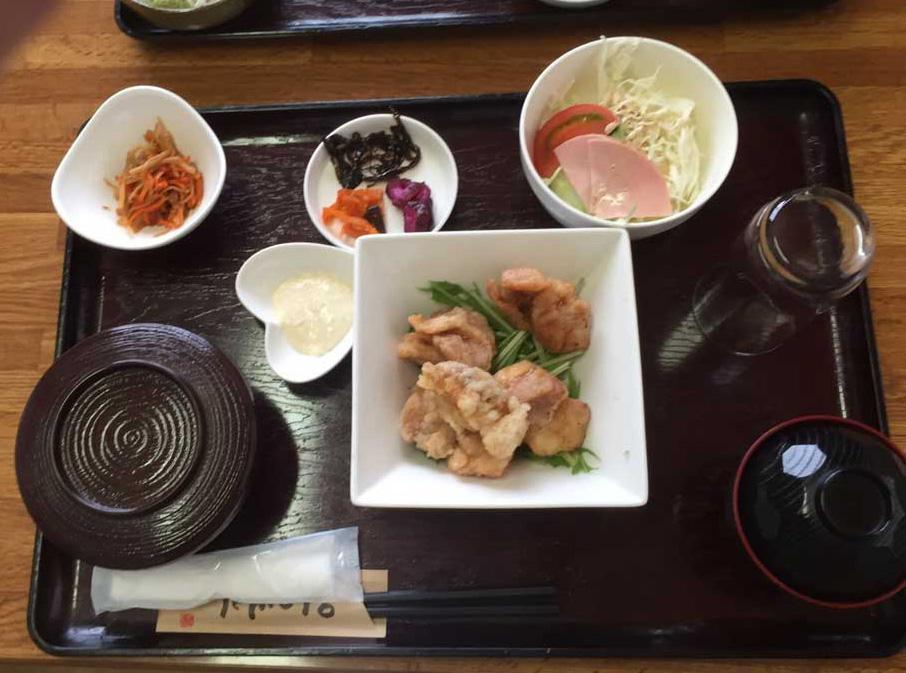 古仁屋「神鷹」のカケロマのキビ酢チキン南蛮定食