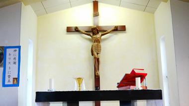 さまざまな信仰が共存し、見守られる祈りの場所~加計呂麻島「西阿室」