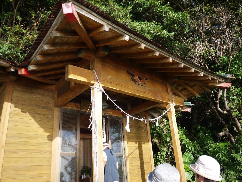奄美西古見にある金刀比羅神社