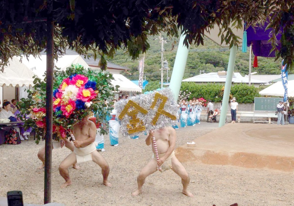 加計呂麻島西阿室のテンテン踊り