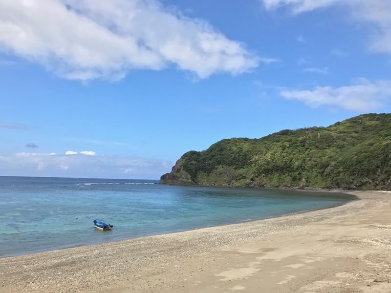 晴れた日の芦花部海岸(奄美)
