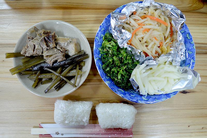 笠利の節田まんかい:宴会料理