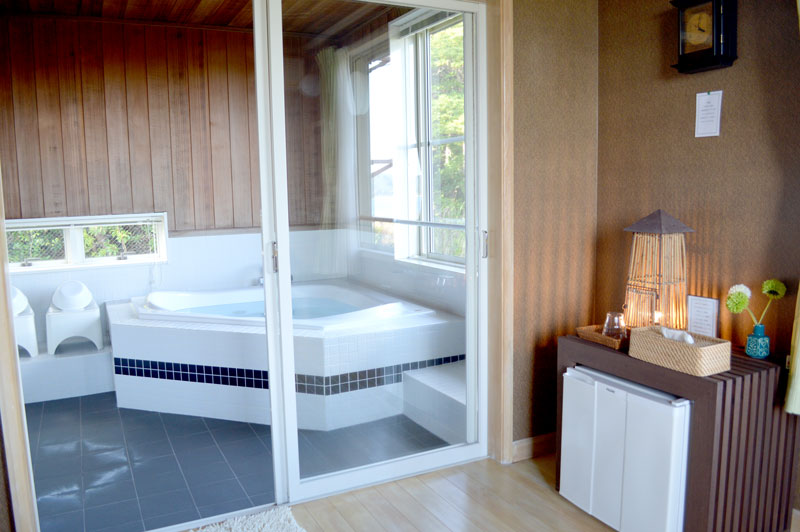 ヴィラゆりむんの広いお風呂
