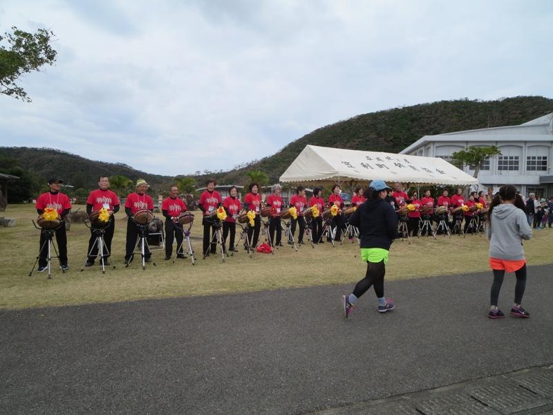 第9回奄美観光桜マラソン:チヂンで応援