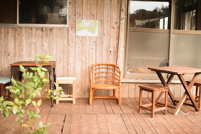 奄美のパン屋:ドーネ・パンイートインスペース
