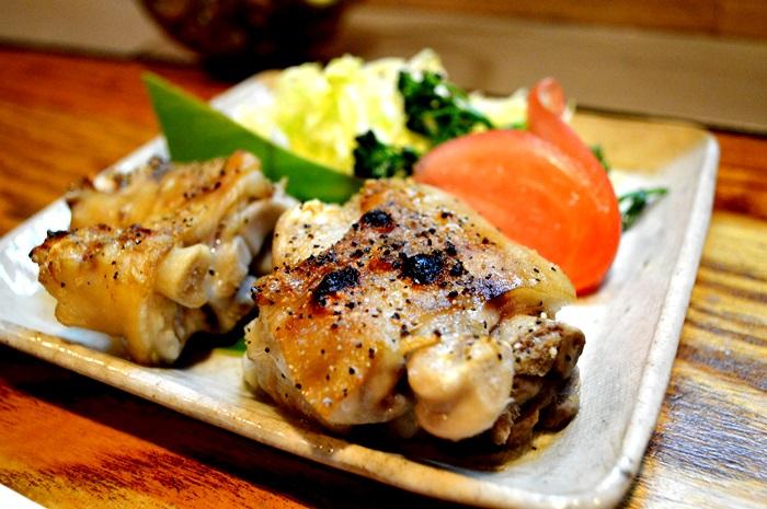 奄美あしび舎(あしびや):炙り焼き豚足