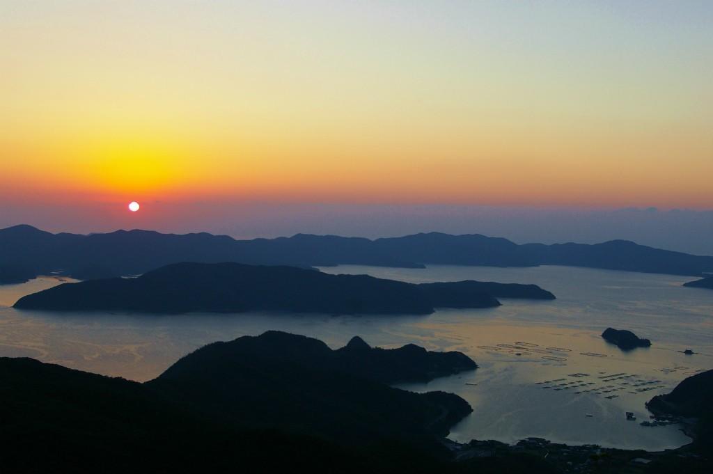 瀬戸内町高知山展望台からの夕日