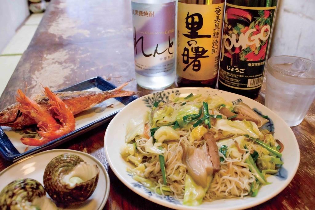 郷土料理かずみ(奄美)