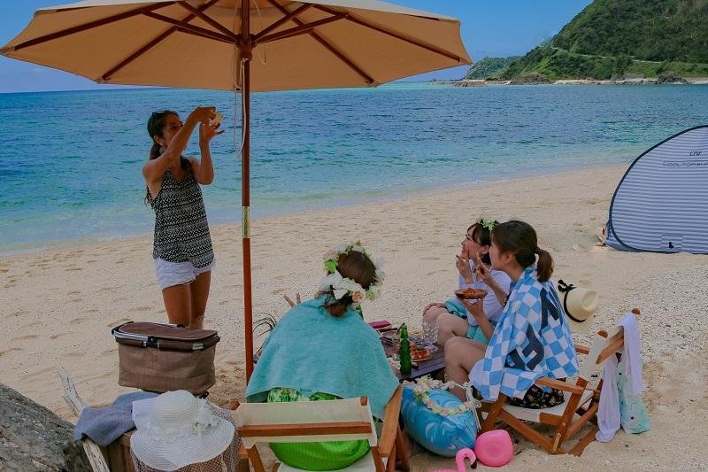 奄美RDA:海での大人ピクニック