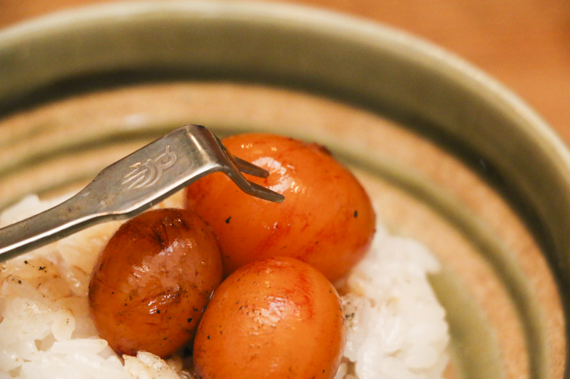 奄美の焼き鳥屋鳥重:タマゴカケゴハン