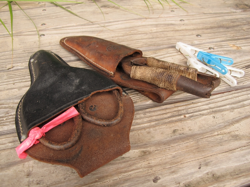 奄美国直集落のビロウの葉バッグづくり道具