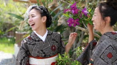 大島紬を見て知って楽しむ「夢おりの郷」で感じた、伝統と未来