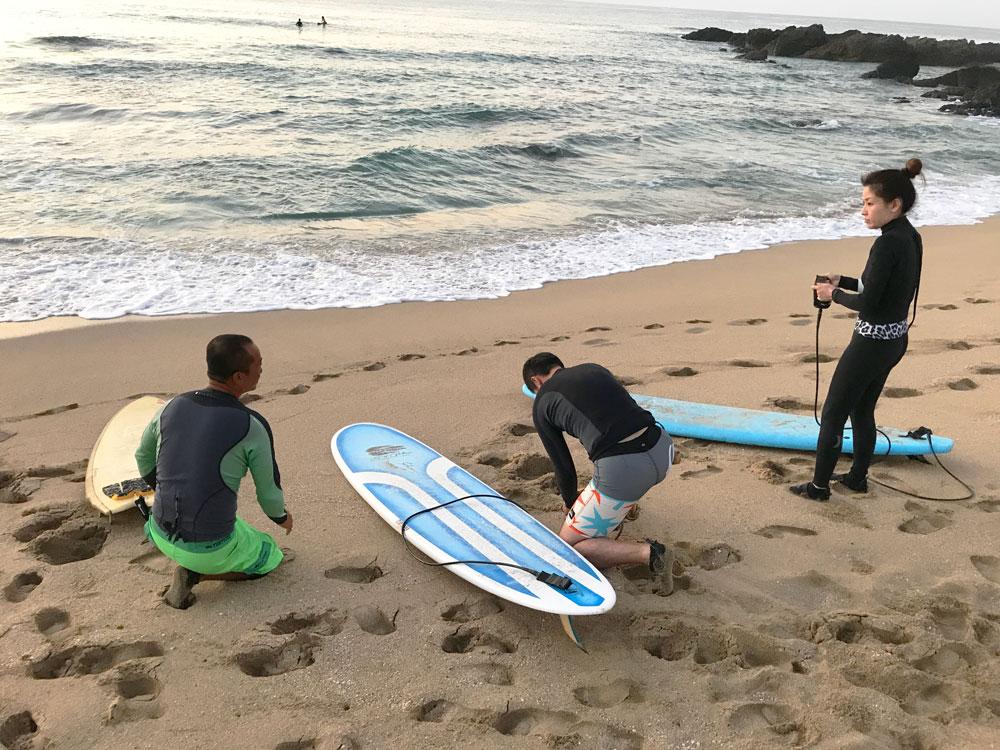奄美でサーフィンを体験:Kazbo