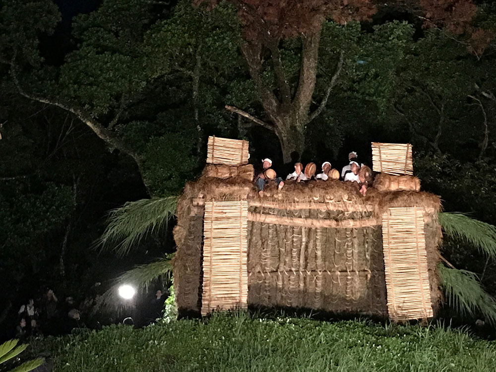国の重要無形民俗文化財秋名のショチョガマ
