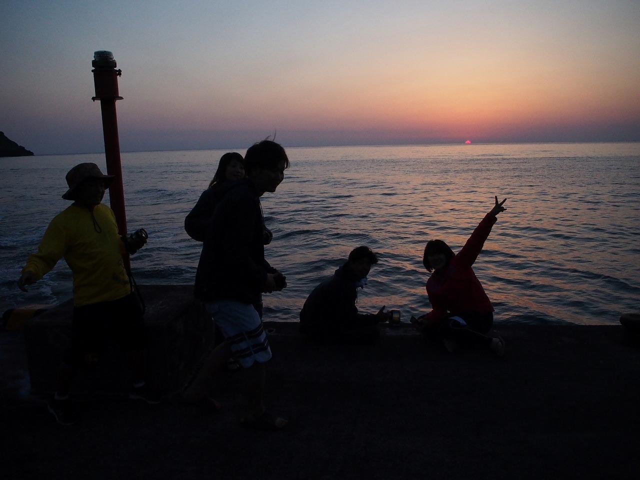 与路島の夕日