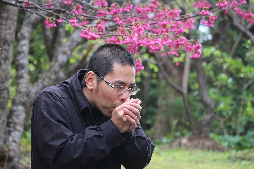 奄美龍郷町にある自然観察の森ガイドの川畑さん