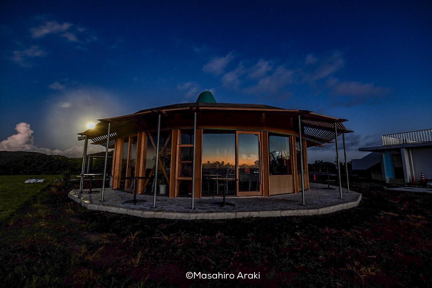 あやまる岬観光公園観光案内所広場の外観の写真001_01 のコピー