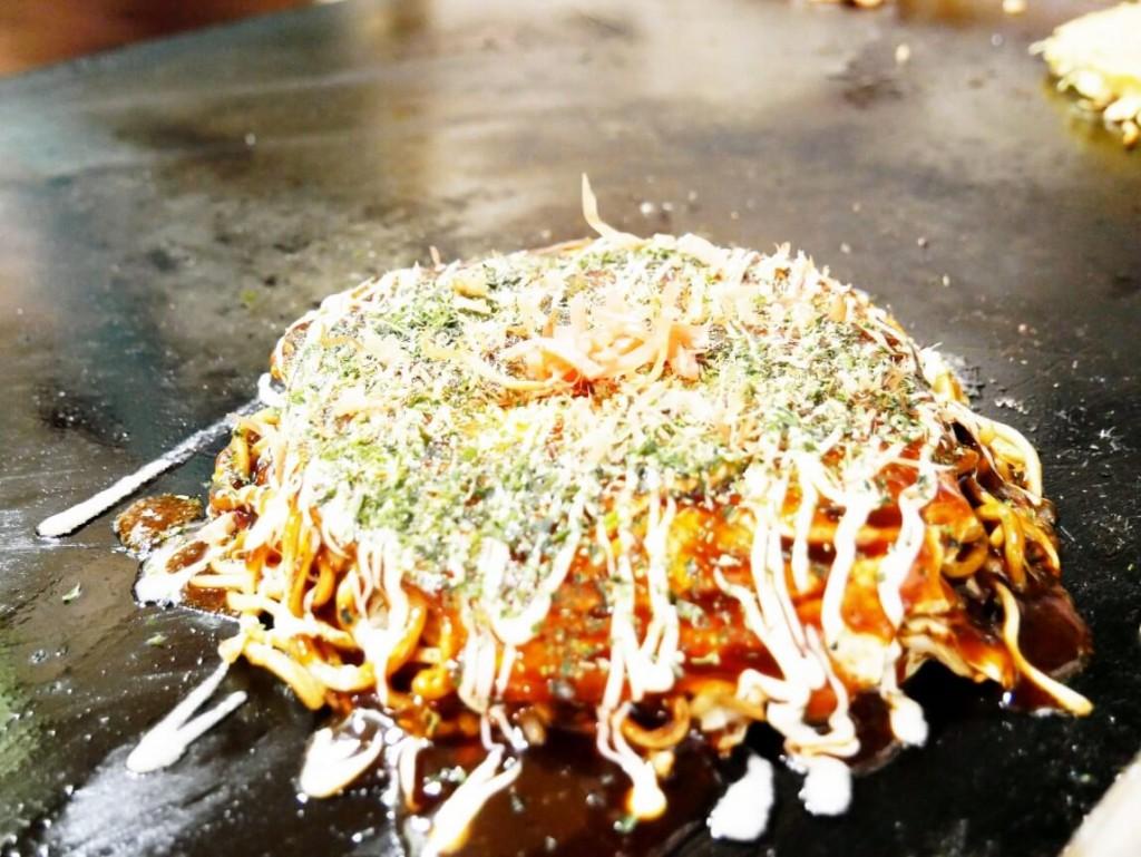 奄美市名瀬屋仁川「チャイルド」のお好み焼き