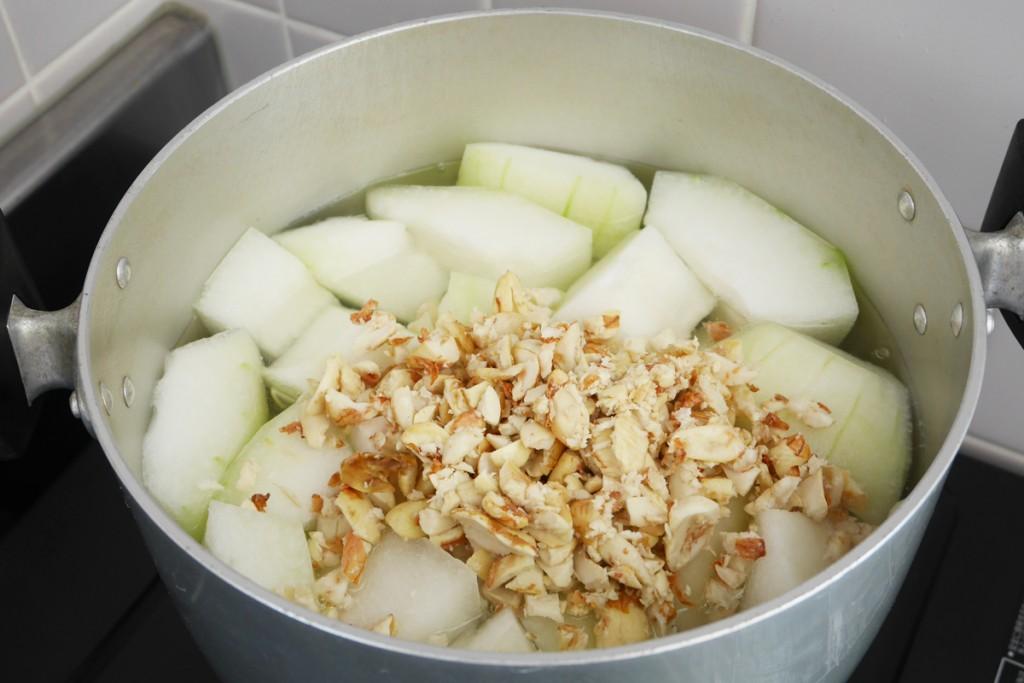 奄美しぶり(冬瓜)の煮物の作り方