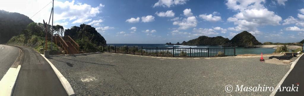 奄美徳浜の断崖の駐車場