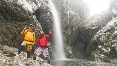 落差九州一!?タンギョの滝は冒険心をくすぐる奄美大島の秘境ポイント