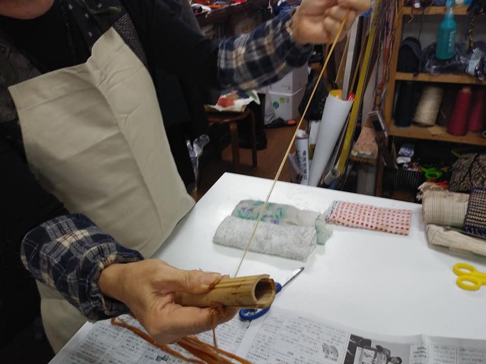 糸芭蕉で織物づくり48394360_2370244076380227_6777997407188680704_n