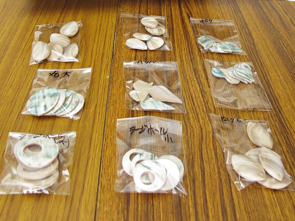 奄美の夜光貝アクセサリー作りワークショップ3