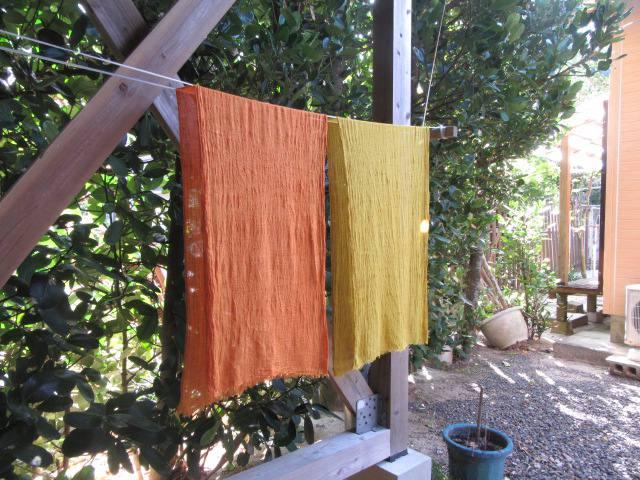 福木染め体験乾燥の様子s_IMG_2507