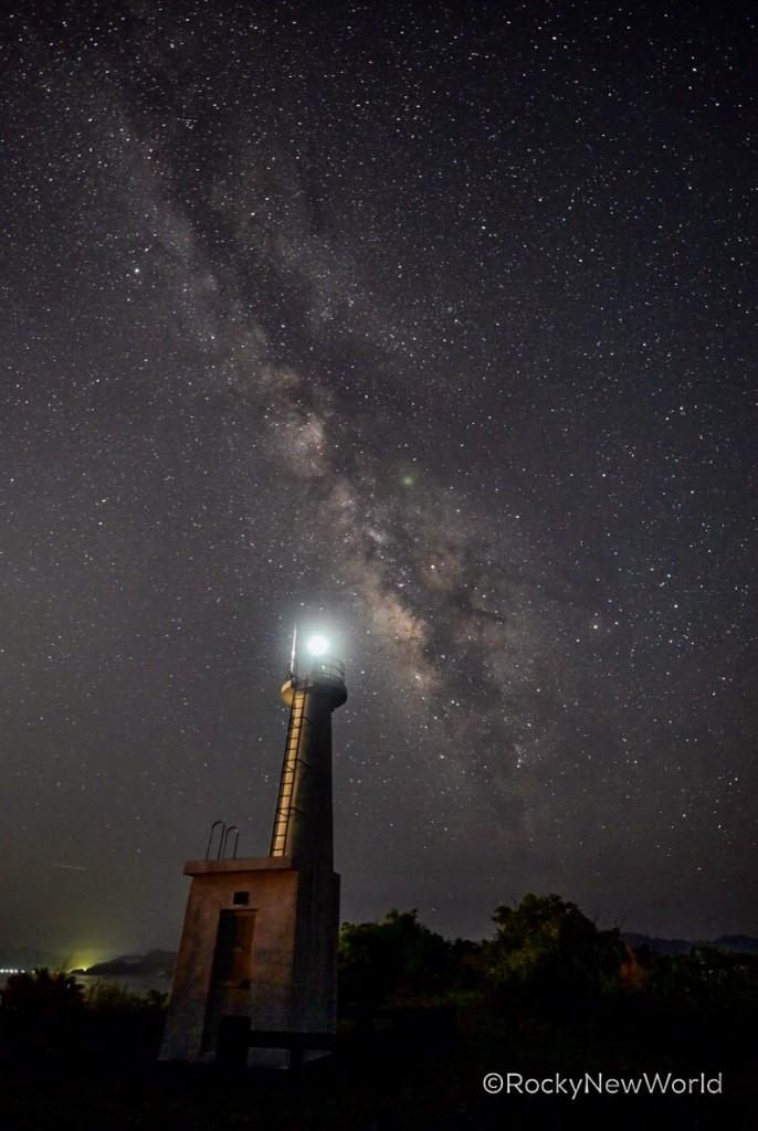奄美瀬戸内町の瀬戸崎灯台で見られる天の川