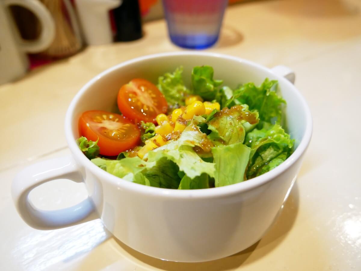 「~Diningめし屋~ふくちゃん」セットのサラダ