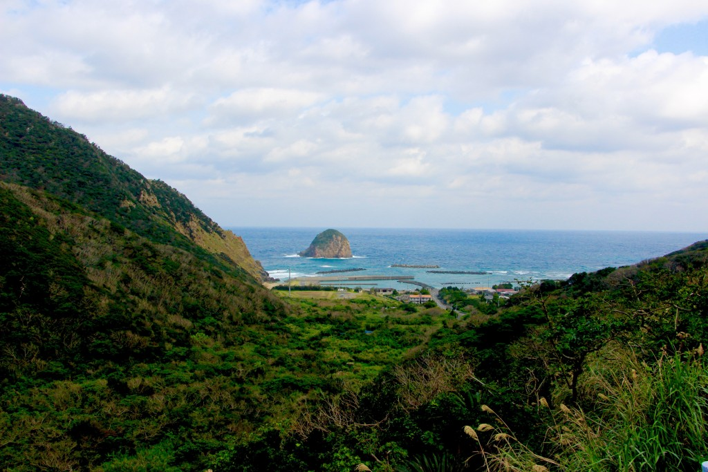 奄美市大和村の今里立神(いまざとたちがみ)