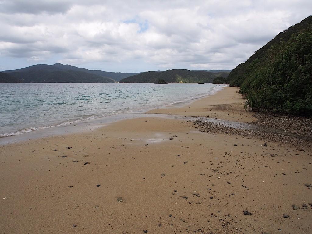 奄美西古見地区の白浜ビーチ