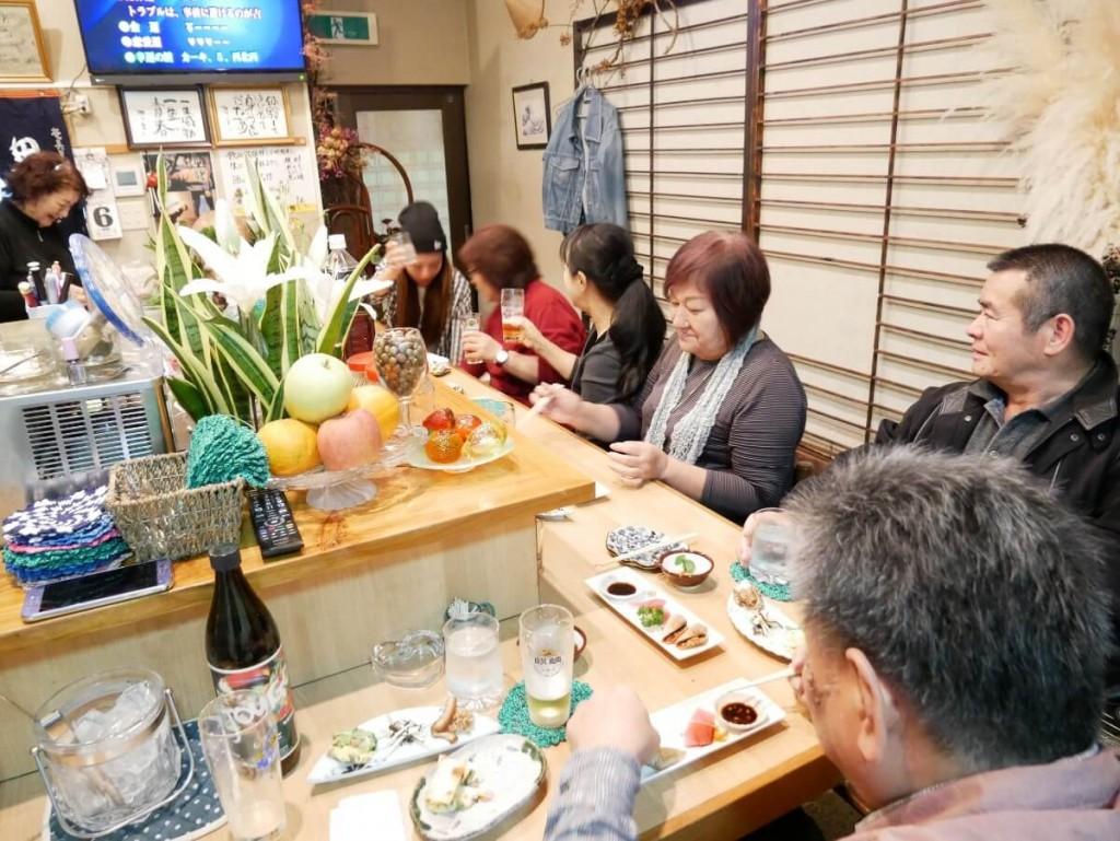 奄美屋仁川小料理屋たんぽぽの店内
